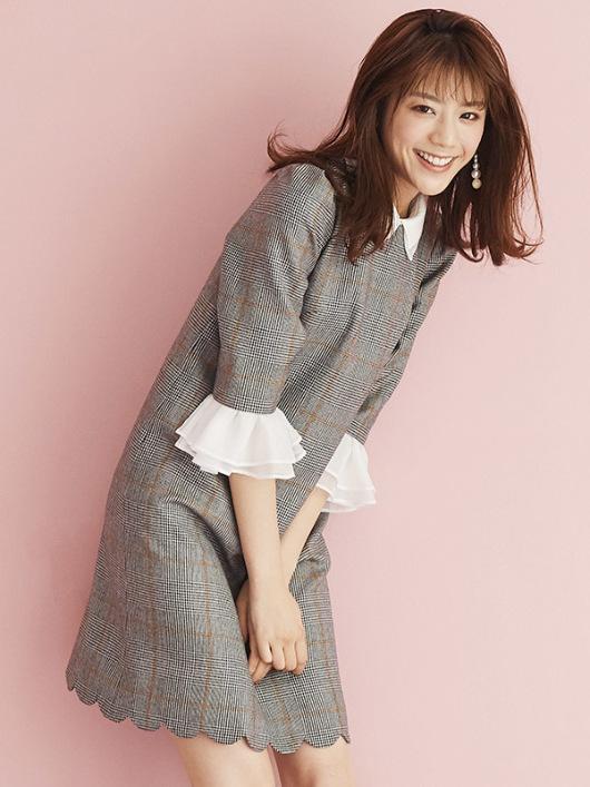 貴島明日香  | 東京・大阪のモデル事務所【TRAPEZISTE/トラぺジスト】ファッションショー・雑誌など幅広く活躍するモデルが多数所属MODEL & TALENTGALLERYWORKS LIST